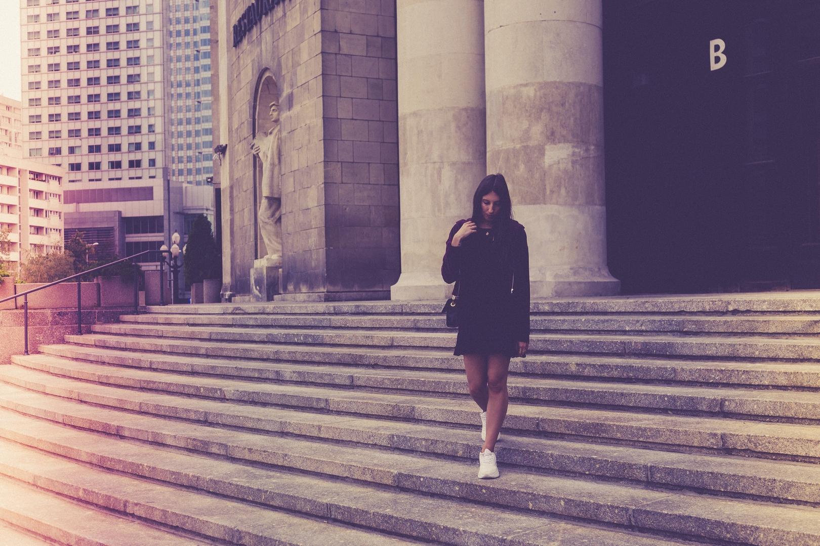 schody-moda-uliczna-trendy-br%C4%85z-jes