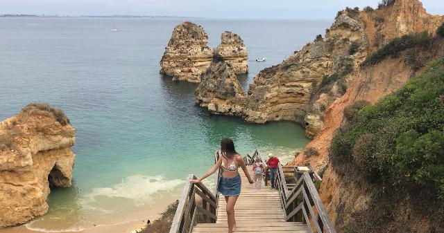 praia-da-camillo-najpi%C4%99kniejsze-pla
