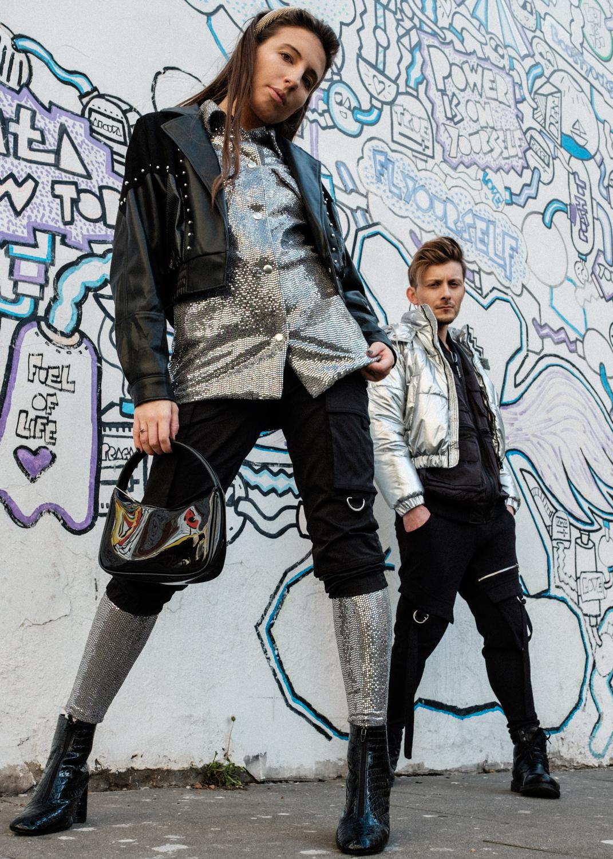 moda-dla-niej-i-dla-niego-trendy-silver-