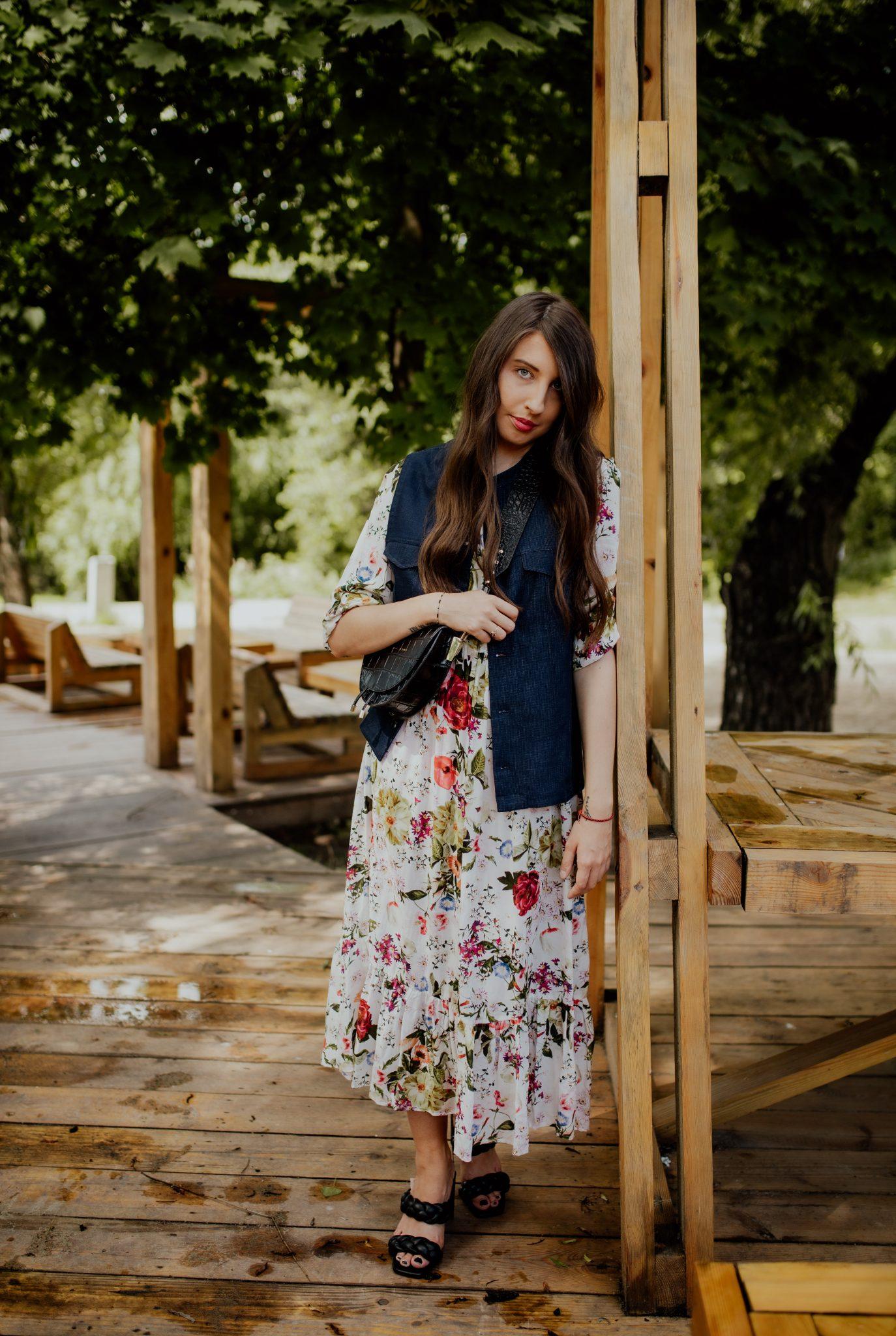 blogerka-modowa-moda-damska-sukienkiw-kw