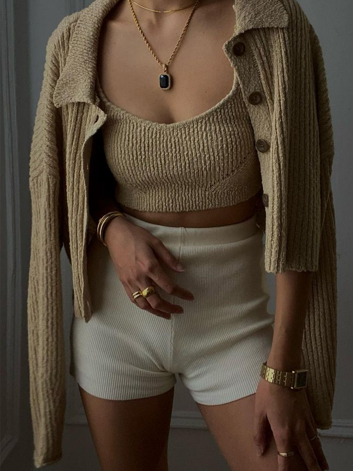 knitted-shorts-trend-291566-161298404039