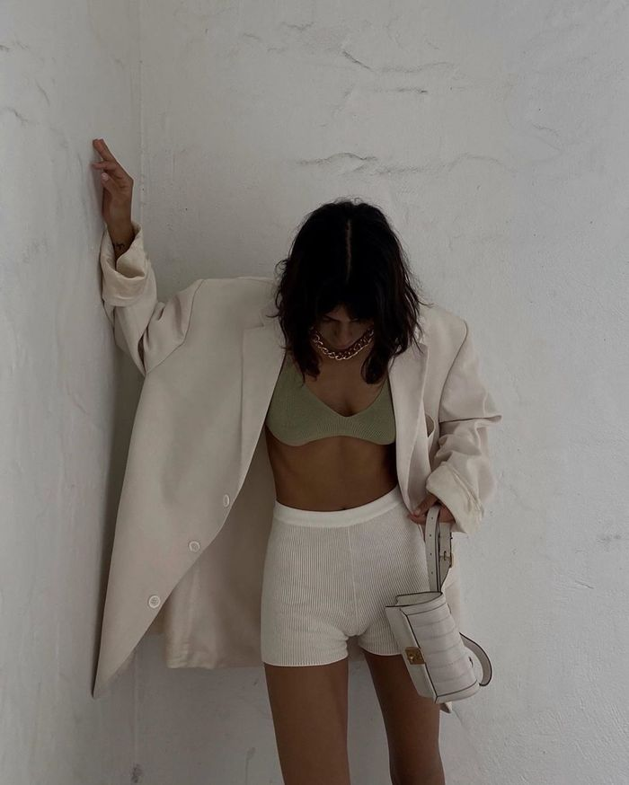 white-shorts-outfits-287631-159182961986