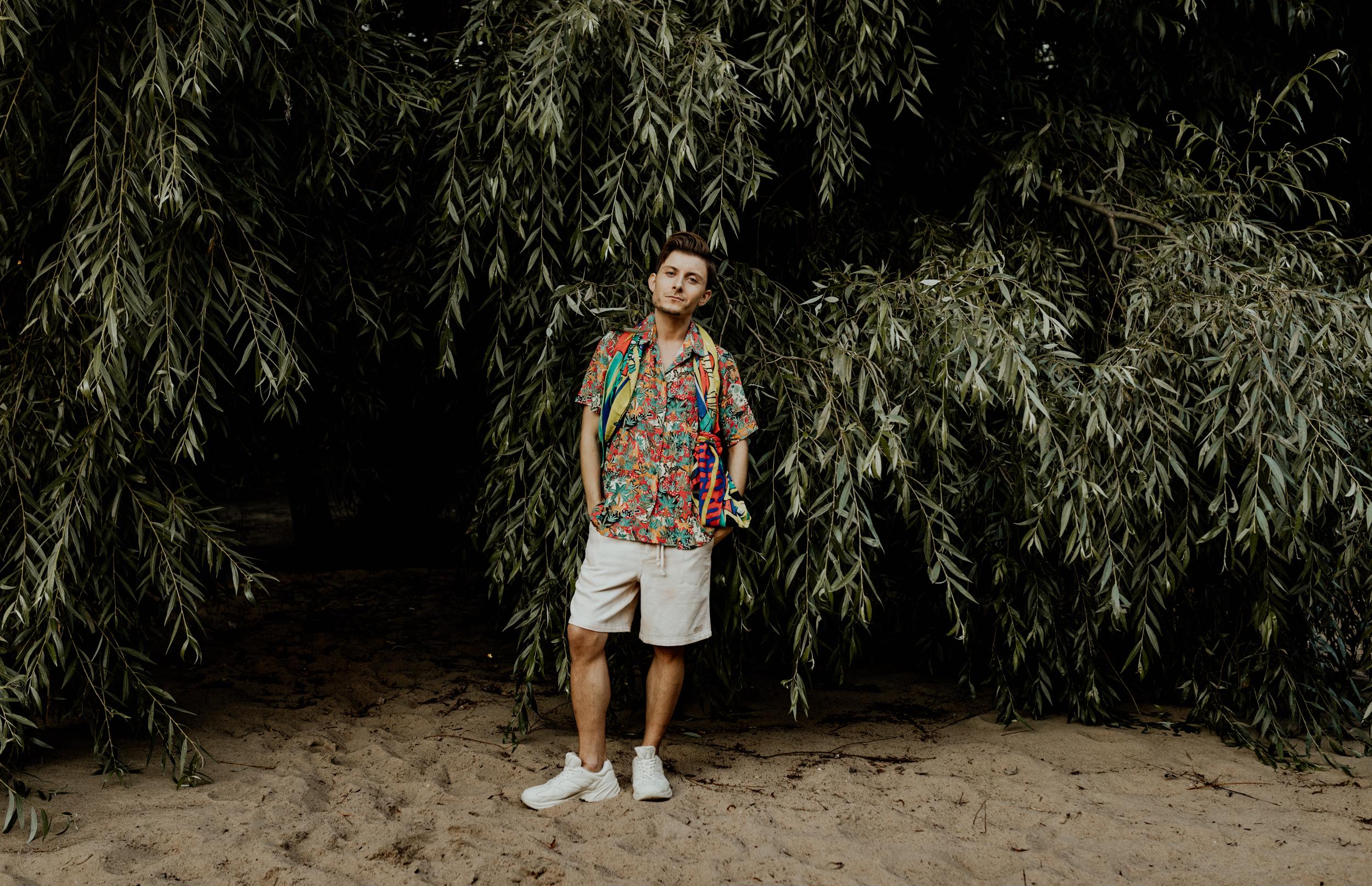 model-bloger-modowy-moda-meska-safari-af